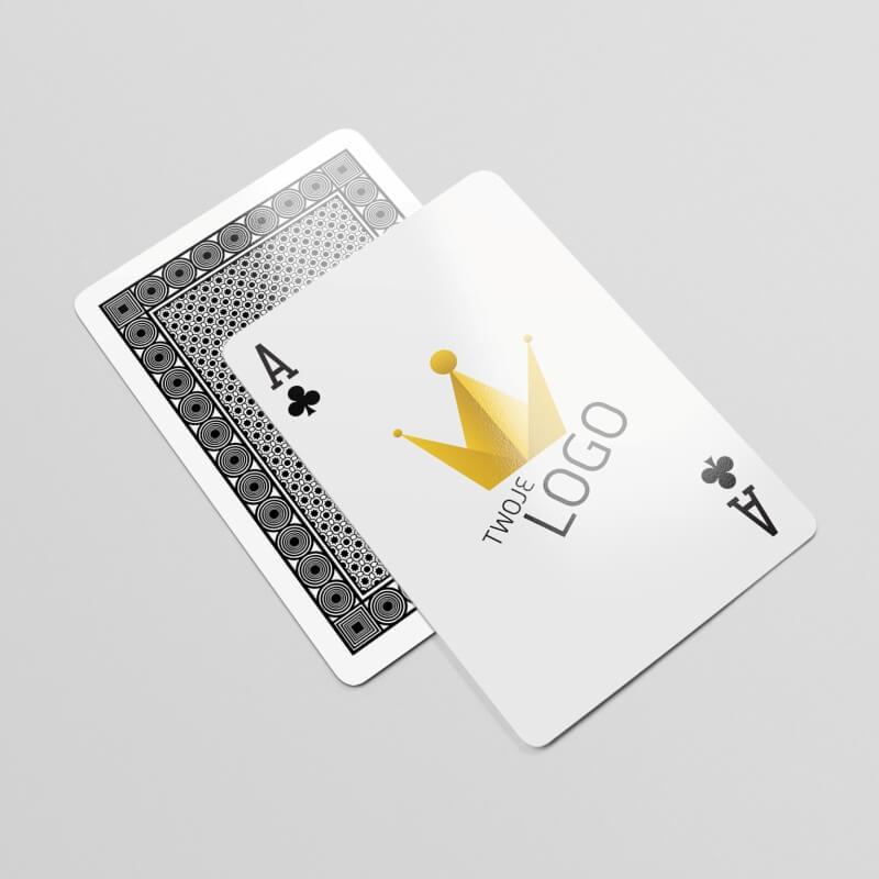 Karty do gry dla Cartamundi